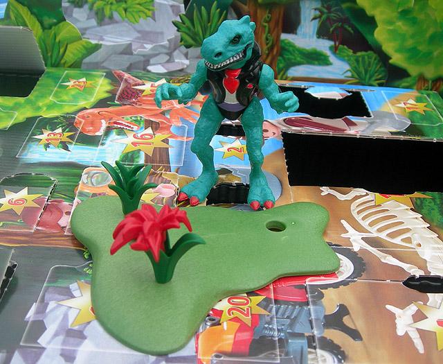 Dino Drac's Advent Calendar: 12/12/12.
