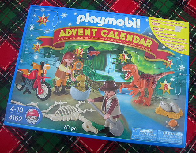 Dino Drac's Advent Calendar: 12/1/12.