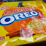Pumpkin Spice Oreo Cookies!