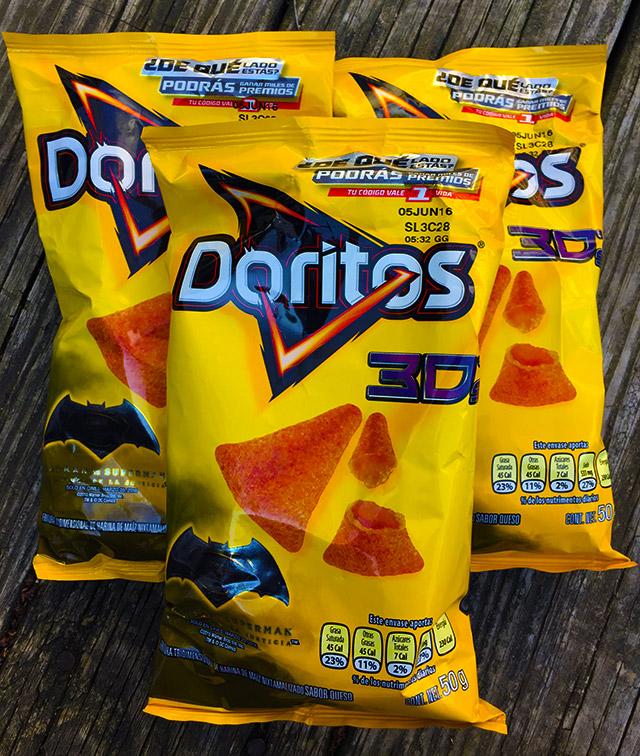 Doritos 3D's STILL EXIST. | Dinosaur Dracula! 3d Doritos