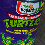 Opening a can of TMNT Pasta from 1991.